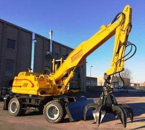 Material handling - loader Tabarelli T308 for scrap and waste