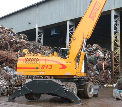 material handler Tabarelli T813 for crap and waste loader crane