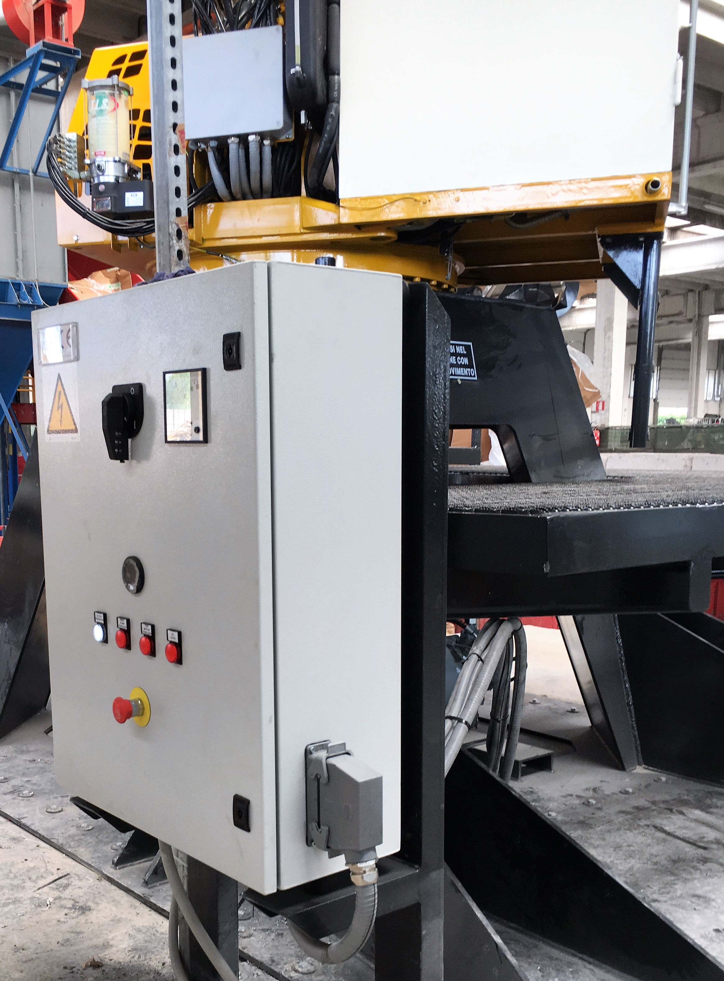 Chargeuse stationnaire GF 75.105/80.105 tabarelli
