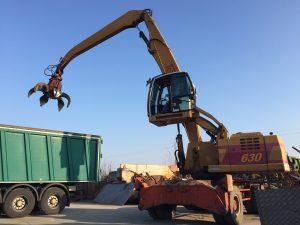 Caricatore semovente Tabarelli usato T630 per rottami e rifiuti